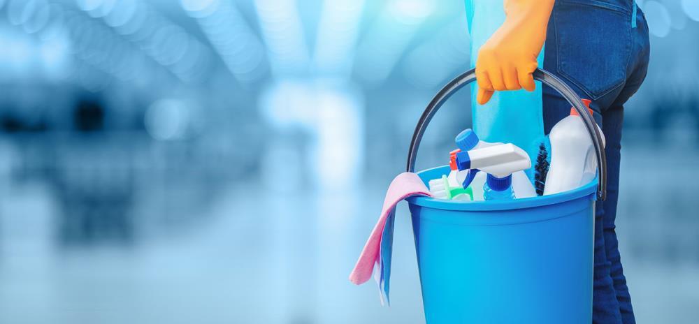 Valutazione dei rischi impresa di pulizie: normative e dpi da usare