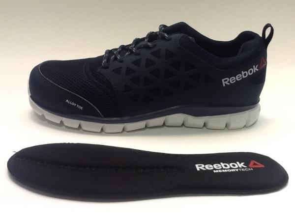 reebok excel light